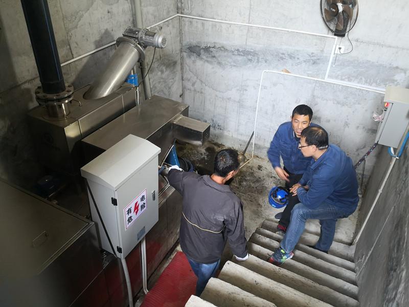 溪洛渡電站隔油提升設備定期巡檢
